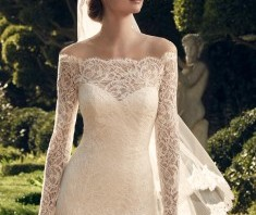 Bridal Gown: Bella