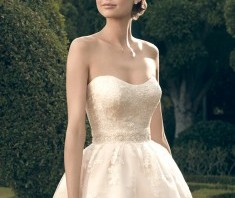 Bridal Gown: Nora
