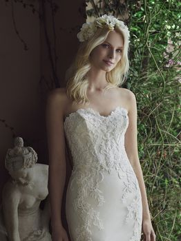 Bridal Gown: Hazel