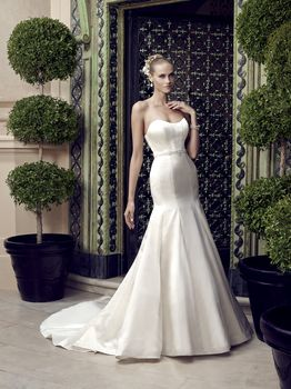 Bridal Gown: Melinda
