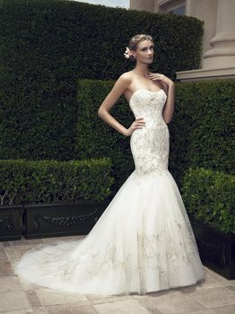 Bridal Gown: Jullian
