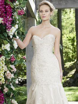 Bridal Gown: Daphne