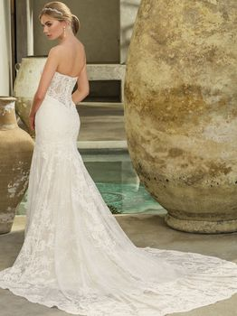 Bridal Gown: Avery