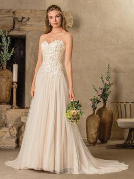 Bridal Gown: Tierra