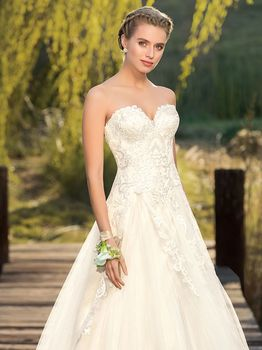 Bridal Gown: Sadie