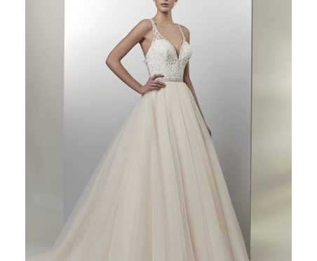 Bridal Gown: Cassidy