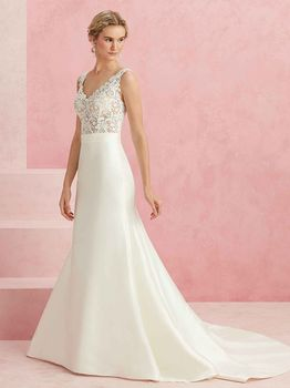 Bridal Gown: Darling