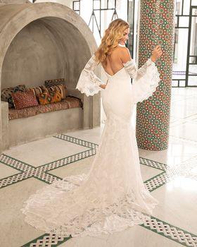 Bridal Gown: Lennon