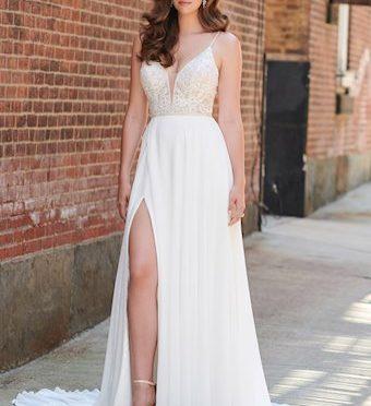 Bridal Gown: Austin