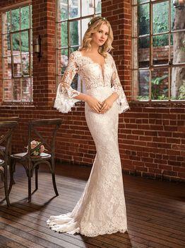 Bridal Gown: Peyton