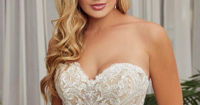 Bridal Gown: Fleur