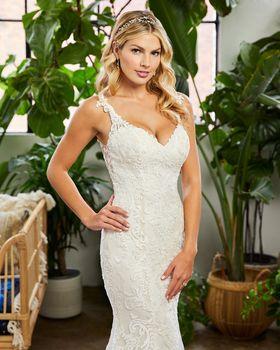 Bridal Gown: Khole